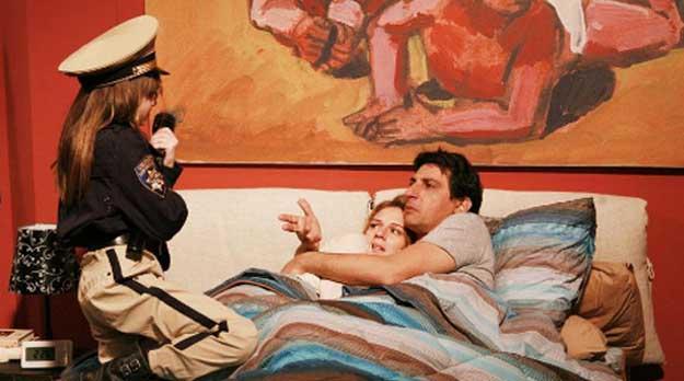 Ascolti tv domenica 6 novembre 2011: Tutti Pazzi per Amore 3 batte Distretto di Polizia 11