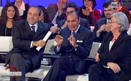 Gabriele Paolini irrompe a Porta a Porta: 'Berlusconi ha un pisellino'
