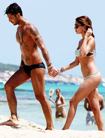 Belen Rodriguez e Fabrizio Corona alle Maldive per un altro bebè