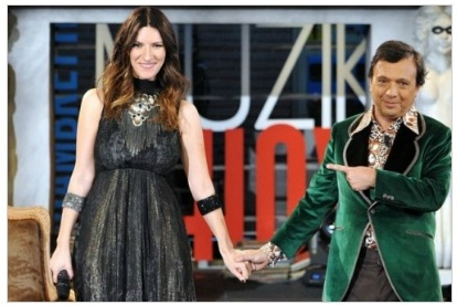 Programmi tv stasera, oggi 11 novembre 2011: Chiambretti Muzik Show, Polonia-Italia, Viso d'angelo