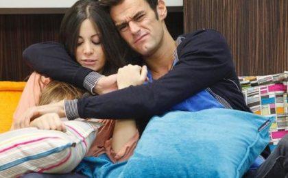 GF12: fra Filippo e Floriana spunta Nino, l'ira del fidanzato della femme fatale
