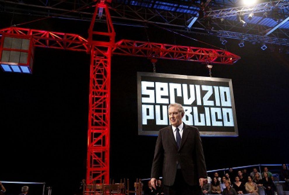 Servizio Pubblico, dopo Berlusconi ecco 'La Democrazia'