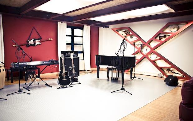 X Factor 5, ospiti James Morrison e I Soliti Idioti; assegnati i brani
