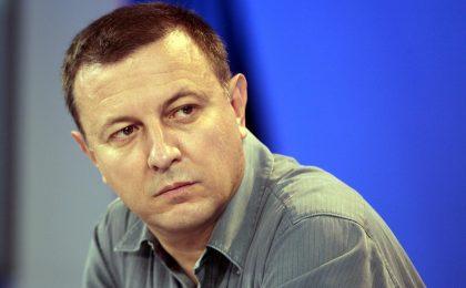 RaiDue alla riscossa: Antonello Piroso al posto di Michele Santoro?