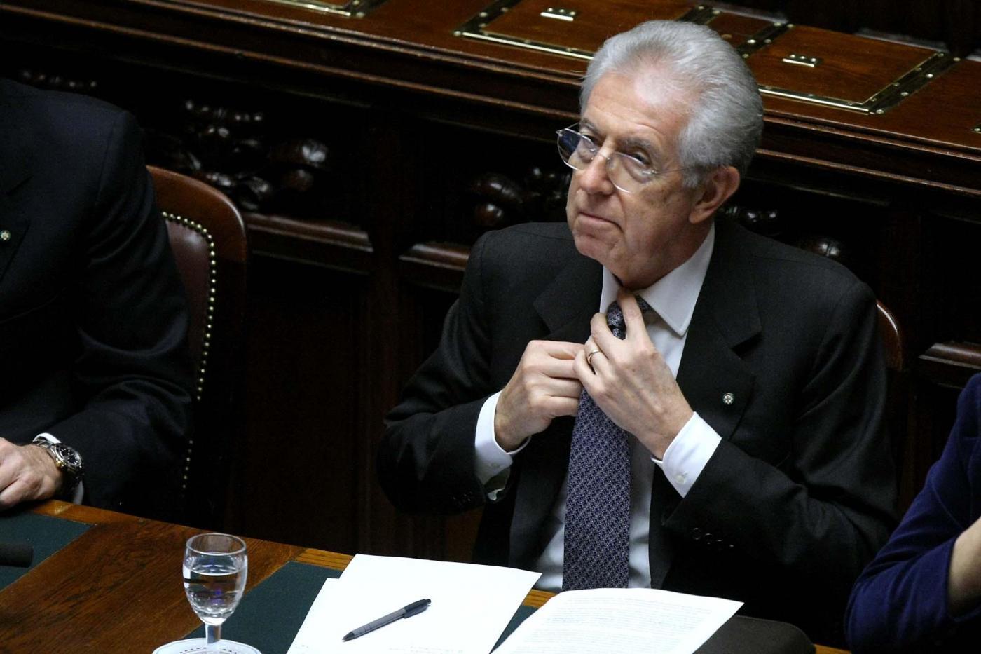 Rai, Monti progetta la riforma: meno politica, più efficienza. Ci riuscirà?