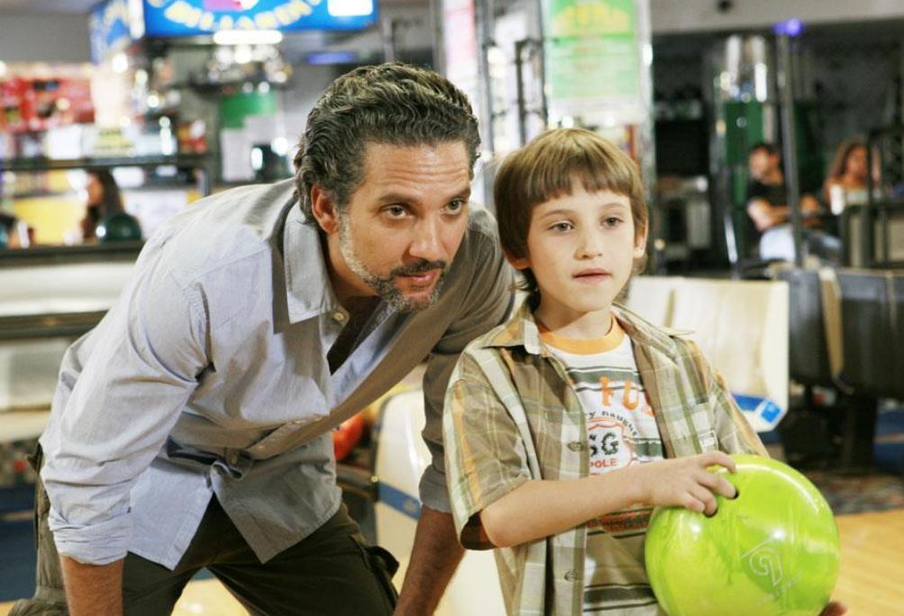 Ascolti tv mercoledì 30/11/11: anche Beppe Fiorello fa il boom, oltre 8 mln per Sarò Sempre Tuo Padre