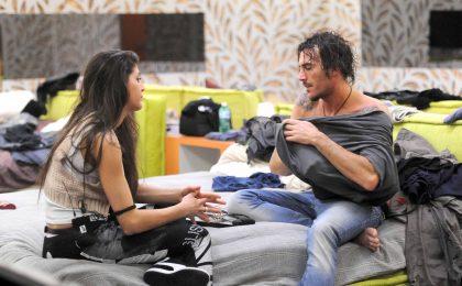 GF 12, nuova coppia in vista: Fabrizio si avvicina ad Adriana