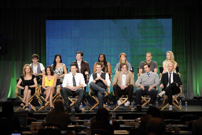 Glee, il cast scontento per orari di lavoro e stipendio si coalizza contro Ryan Murphy?