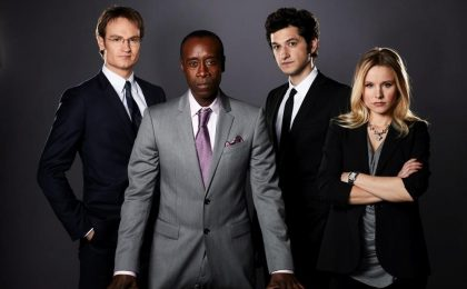House of Lies, online il pilot della nuova dark comedy Showtime con Kristen Bell (foto + video)