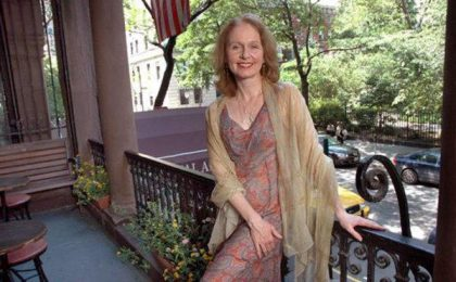 Casting: Kate Burton in Grey's 8, Misha Collins in Supernatural 7, Karolina Wydra in House 8