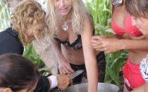 Valeria Marini all'Isola dei Famosi 9