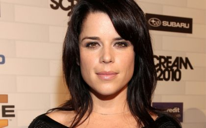 Pilot via cavo: Sworn To Silence con Neve Campbell per Lifetime, The Box per A&E
