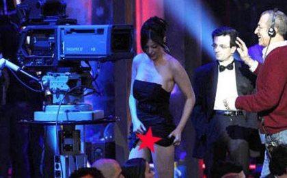 Sara Tommasi senza mutande persino al Chiambretti Night (foto)