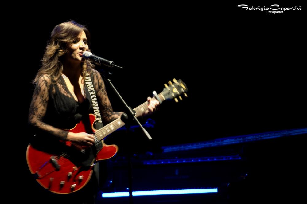 Sanremo 2012, i Big: Chiara Civello 'Al Posto del Mondo' (testo)