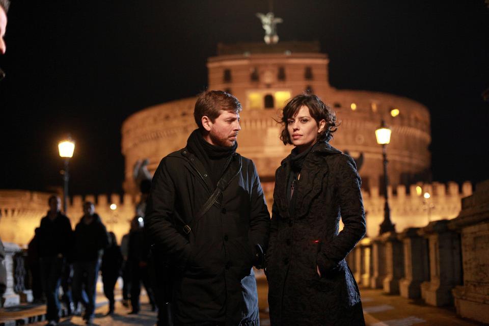 Canale 5: Il Tredicesimo Apostolo al martedì per l'ultima puntata, Centovetrine torna anche questa domenica