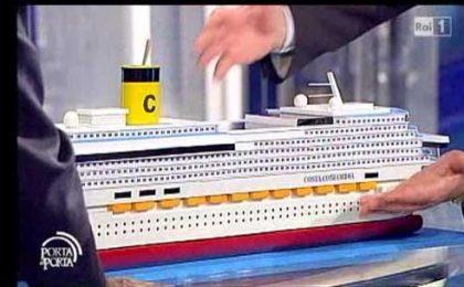 Porta a Porta, spunta il modellino della Costa Concordia