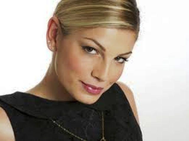 Sanremo 2012, ecco i primi cantanti ufficiali: Emma Marrone e Renga attesissimi