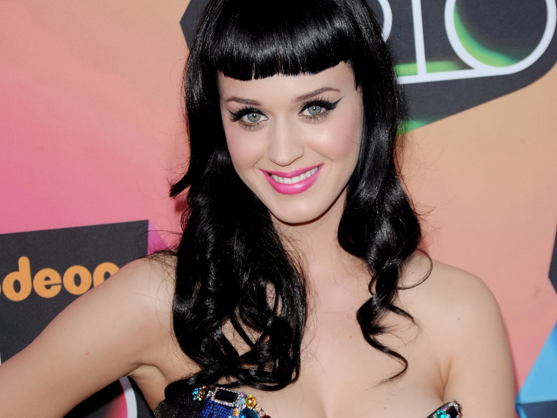 Katy Perry vuole diventare attrice, dopo HIMYM 6 apparirà in Grey's Anatomy 9?