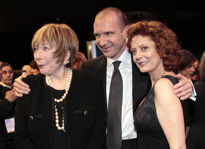 Casting: Susan Sarandon in The Big C 3, Shirley MacLaine per Downton Abbey 3