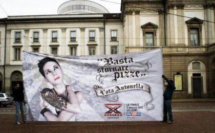 X Factor 5, i manifesti 'virali' dei finalisti a caccia di voti (foto e video); Antonella favorita