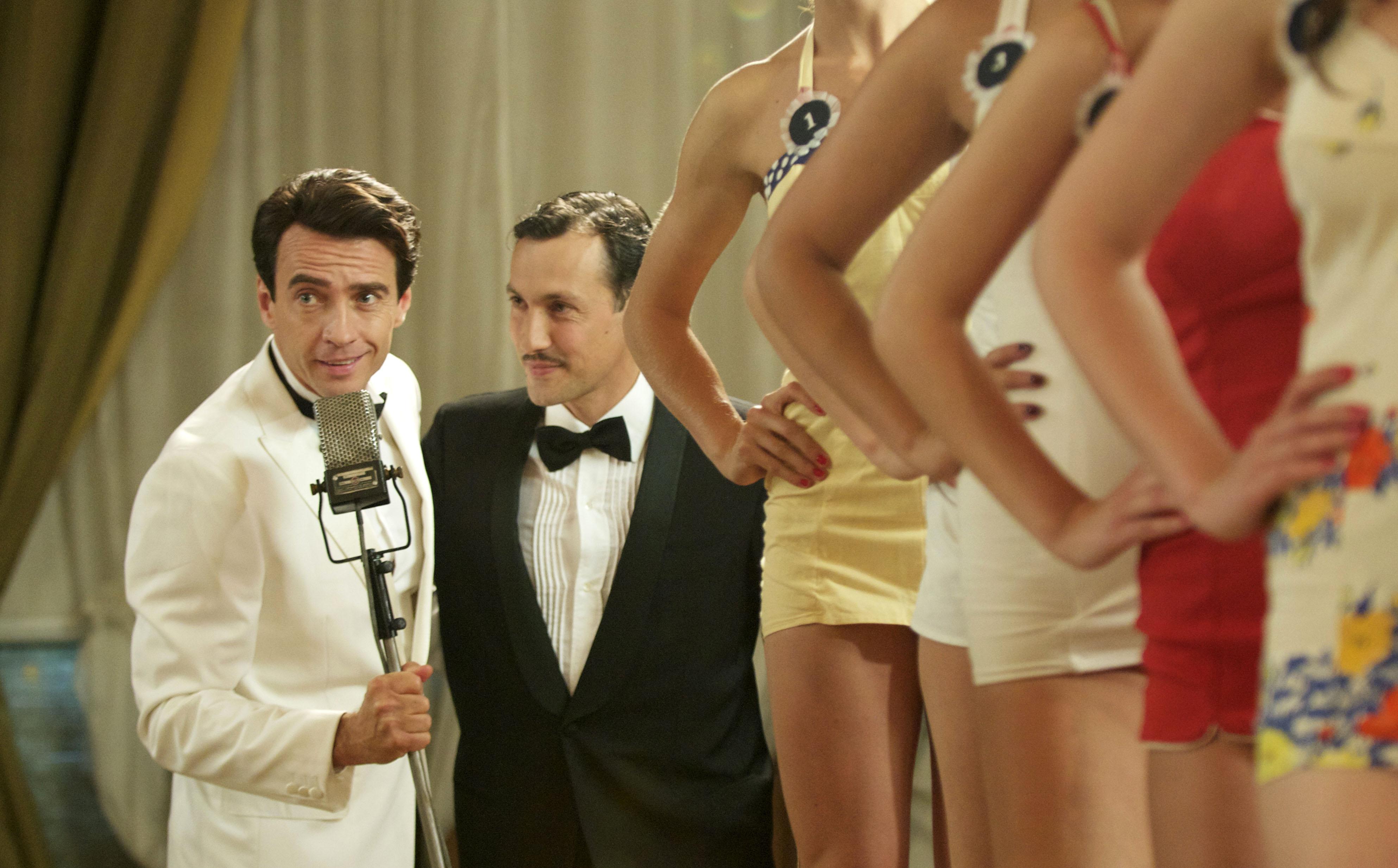 Ascolti tv domenica 26 febbraio 2012: Walter Chiari convince e vince