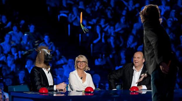 Ascolti tv sabato 11 febbraio 2012: nuovo record per Italia's Got Talent, a 8,8 mln
