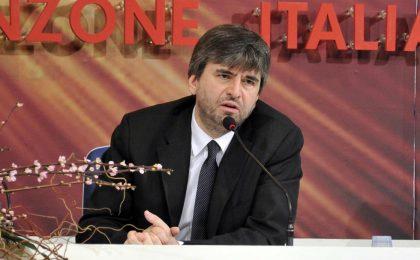 Sanremo 2012, Mazzi difende Celentano sull'offesa a Grasso 'Deficiente è latino' (suvvia!)
