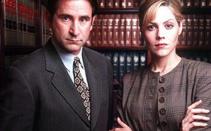Pilot: ABC scrittura Mary McCormack e Anthony LaPaglia per The Unprofessional e Americana