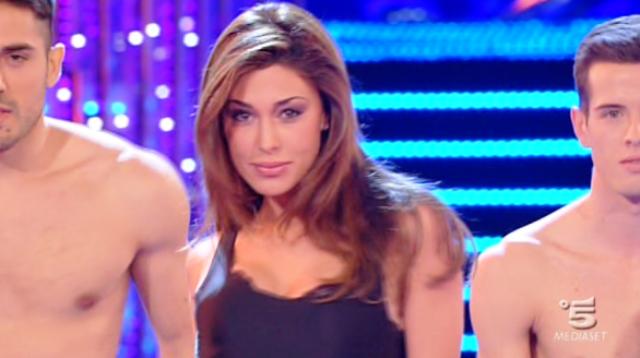 Belen Rodriguez ad Amici 11 come ballerina professionista? Maria interessata