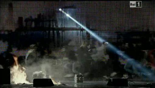 celentano sanremo2012 guerra_prima serata