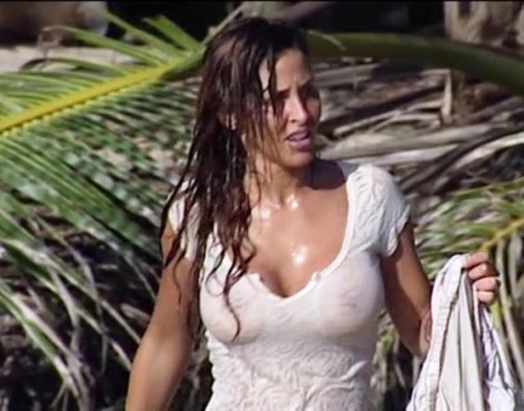 guendalina tavassi topless isola dei famosi 2012