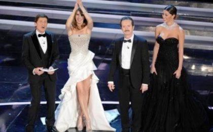 Sanremo 2012, seconda serata: eliminazioni inaspettate, Soliti Idioti contro tutti