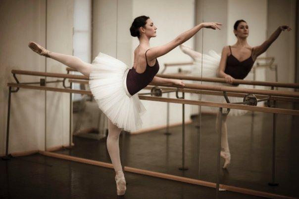 Giulia Pauselli: prima di Amici ha rischiato l'anoressia alla Scala