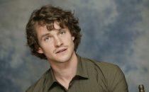Pilot: Hugh Dancy per Hannibal; tornano Alyssa Milano, Jennifer Beals e Maggie Grace