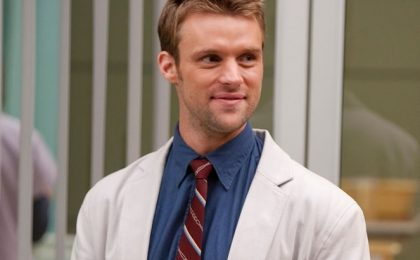 Pilot: Jesse Spencer in Chicago Fire, Dan Byrd per CBS, Julia Stiles per Midnight Sun
