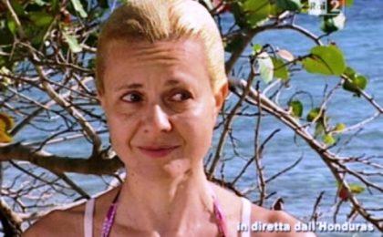 Isola dei Famosi 2012, Antonella Elia 'picchia' Max? Lo sportivo fa i capricci (ma ha ragione)