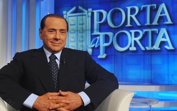 Berlusconi dà forfait a Vespa: salta Porta a Porta PrimaSerata