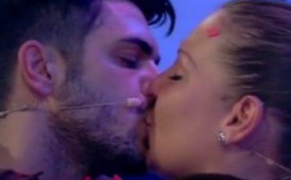 Uomini e Donne puntata di oggi: Francesca torna, Cristian e Tara protagonisti