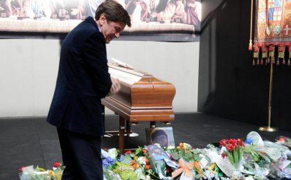 Lucio Dalla, i funerali in diretta sul Web, su TgCom24 e RaiNews