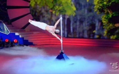 Italia's Got Talent: vince Stefano Scarpa, l'uomo bandiera