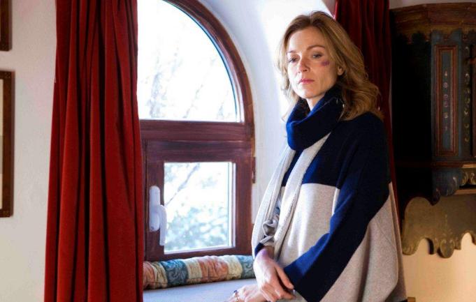 Ascolti tv martedì 10 aprile 2012: La fuga di Teresa vista da 4.794.000, dietro Ballarò