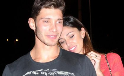 Belen Rodriguez e Stefano De Martino in ospedale dopo incidente in moto