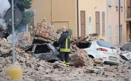 Terremoto a Ferrara, Red Ronnie in Rai: 'Era previsto dai Maya' [VIDEO]