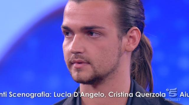 valerio scanu in lacrime