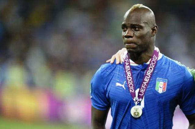 Balotelli piange per il secondo posto in finale