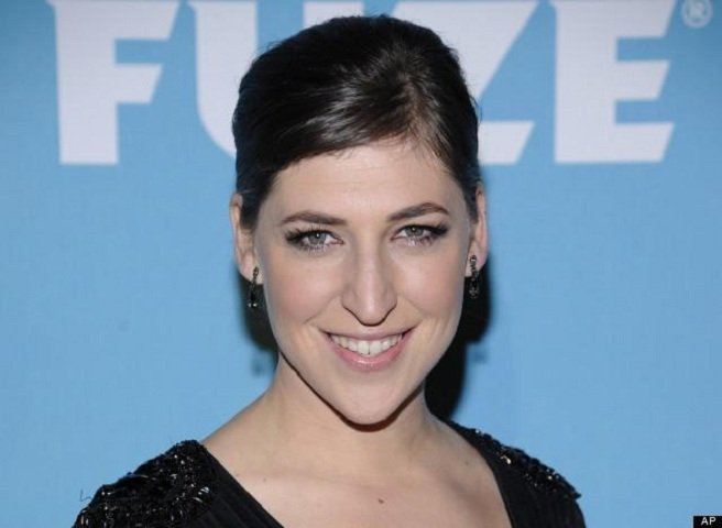 The Big Bang Theory: Mayim Bialik coinvolta in un incidente stradale