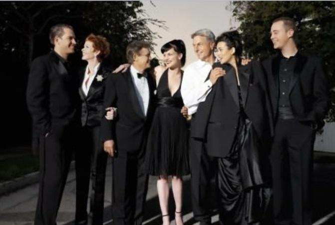 Programmi tv stasera, oggi 17 agosto 2012: NCIS, La grande storia e Me lo dicono tutti