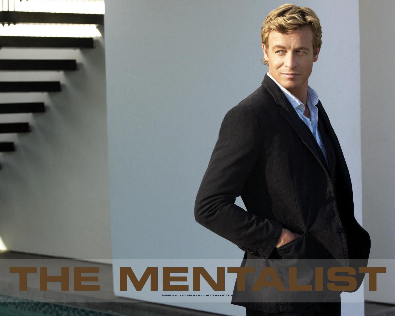 Programmi tv stasera, oggi 18 agosto 2012: 007 Octopussy, Ciao Darwin 5 e The Mentalist