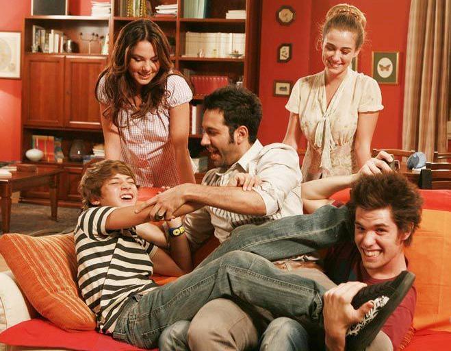 Programmi tv stasera, oggi 21 settembre 2012: I Cesaroni, Tale e Quale Show, CSI Miami