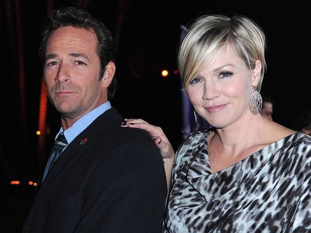 Reunion di Beverly Hills 90210: Jennie Garth e Luke Perry ancora insieme per un nuovo show